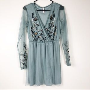 Long Sleeve Mesh Floral Embroidered Dress Medium